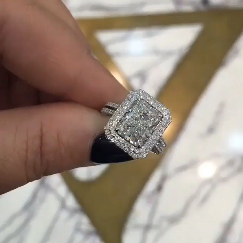 Stunning Radiant Cut White Sapphire 925 Sterling Silver Engagement Ring