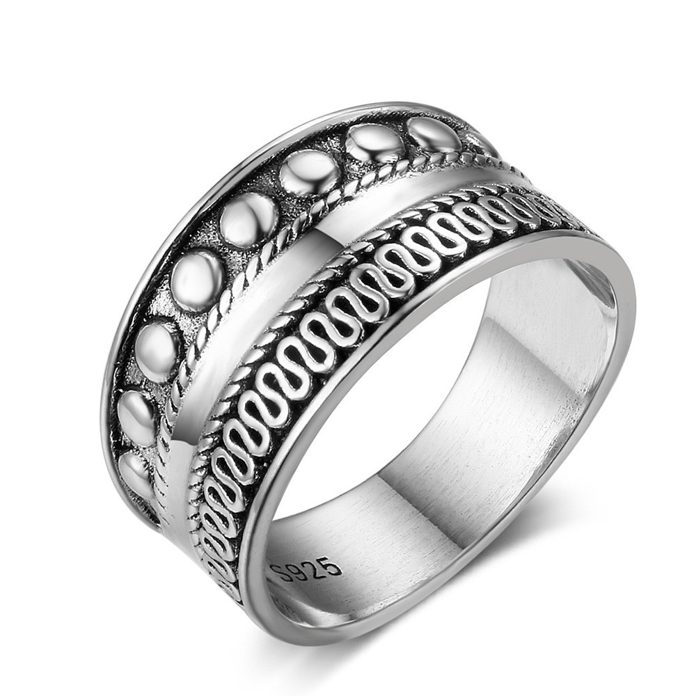 Tinnivi Sterling Silver Bali Design Ring
