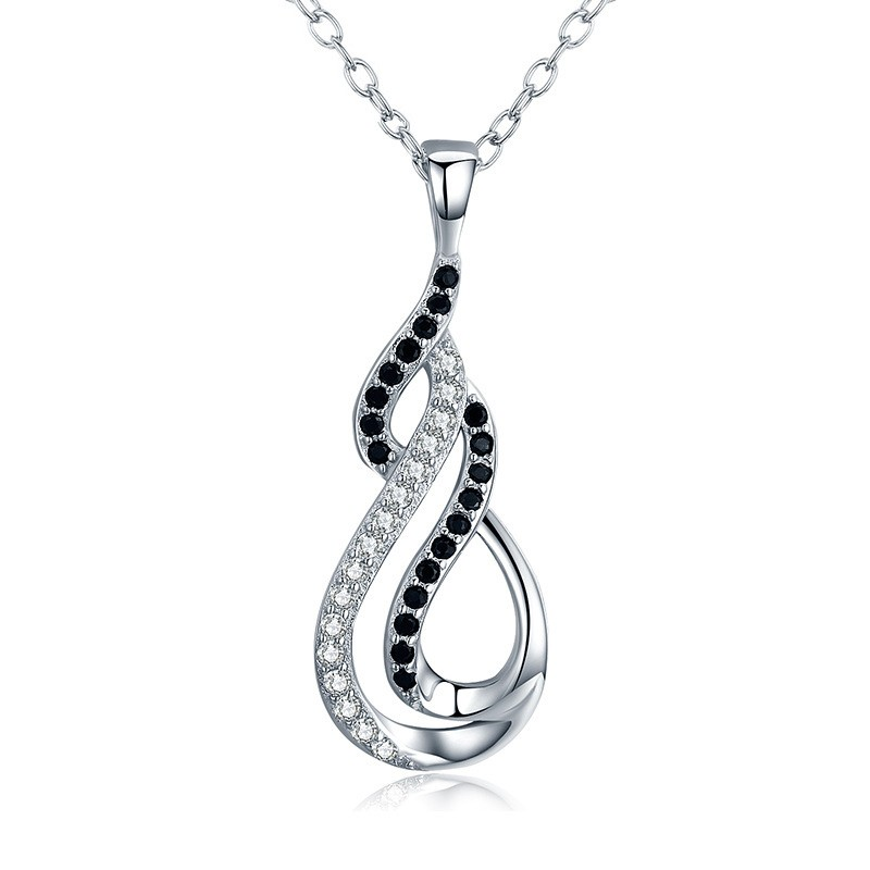Tinnivi Stylish Sterling Silver Pendant Necklace