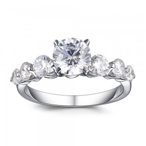 Gorgeous Round Cut White Sapphire Sterling Silver Women's Engagement Ring