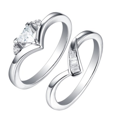 Tinnivi Sterling Silver Trillion Cut Created White Sapphire 2 Piece Fashion Bridal Set