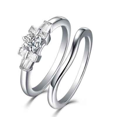 Tinnivi Classic Sterling Silver Created White Sapphire 2 Piece Women's Bridal Ring Set