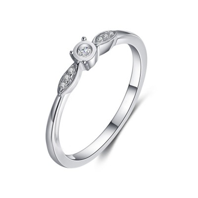Tinnivi Sterling Silver Elegant Round Cut Created White Sapphire Engagement Ring