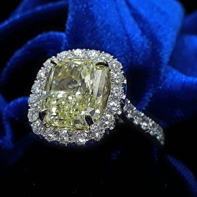 Cushion Cut Topaz 925 Sterling Silver Engagement Ring