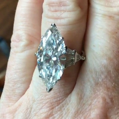 Shinny Marquise Cut White Sapphire 925 Sterling Silver Engagement Ring