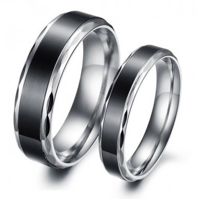 Tinnivi Fashion Black Line Titanium Steel Band For Couples
