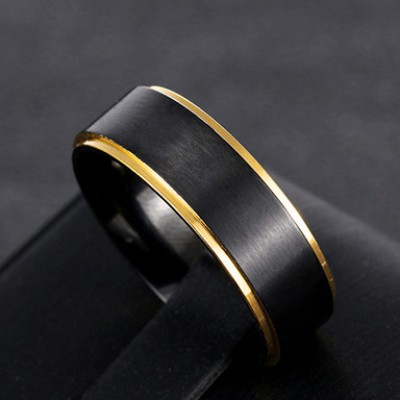 Tinnivi Cool Black Gold Side Titanium Steel Mens Band
