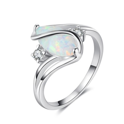 Tinnivi Gorgeous Sterling Silver Oval Cut Opal Womens Ring