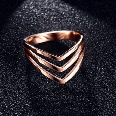 Tinnivi Triple V Shape Rose Gold Plated Titanium Steel Womens Ring