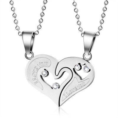 Tinnivi Titanium Steel Heart Pendant With Chain Necklace