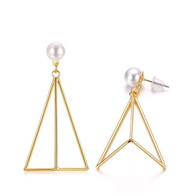 Tinnivi Fashion Gold Titanium Steel Asymmetric Hollow Out Triangle Drop Earring for Woman