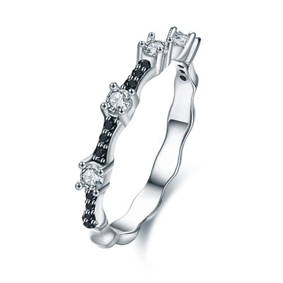 Tinnivi Stylish Created White and Black Sapphire Sterling Silver Band