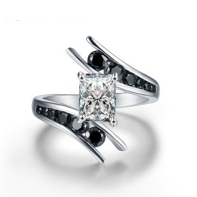 Tinnivi Stylish Princess Cut Created White Sapphire Sterling Silver Engagement Ring