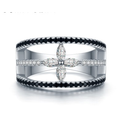 Tinnivi Hollow Out Four Leaf Clover Created White Sapphire Sterling Silver Band