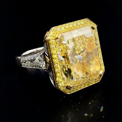 Radiant Cut Topaz 925 Sterling Silver Engagement Ring