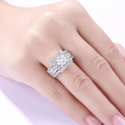 Tinnivi Gorgeous Princess Cut 925 Sterling Silver White Sapphire Women's Engagement Ring