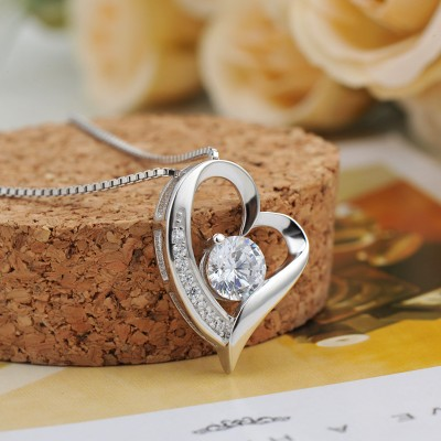 White Sapphire 925 Sterling Silver Heart Necklace
