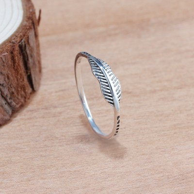 Tinnivi Vintage feather Sterling Silver Womens Band