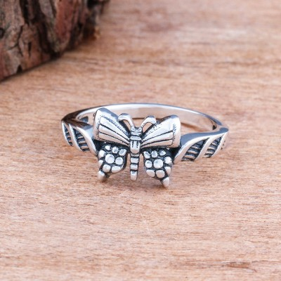 Tinnivi Sterling Sliver Vintage Celtic Womens Ring