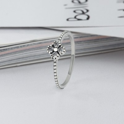 Tinnivi Sterling Sliver Created White Sapphire Four-leaf Clover Womens Ring