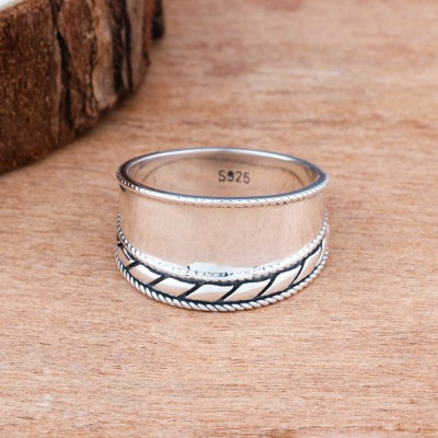 Tinnivi Fashion Sterling Silver Bali Design Band