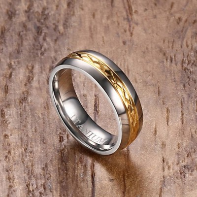 Tinnivi Thin Gold Line Silver Color Polished Titanium Steel Womens Ring