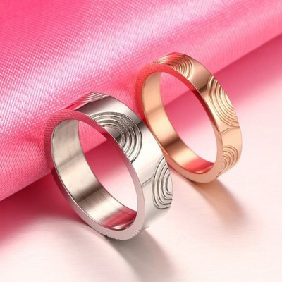 Tinnivi Simple Silver And Rose Gold Titanium Steel Rings For Couples