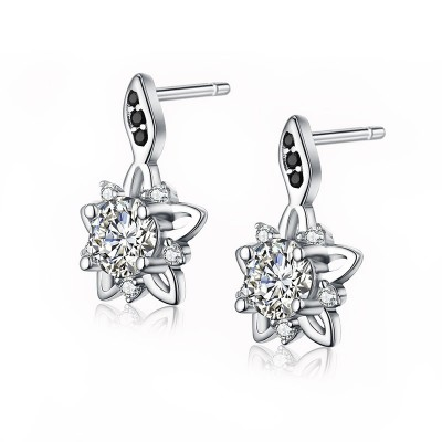 Tinnivi Delicate Flower Sterling Silver Stud Earrings