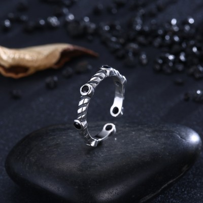 Tinnivi Vintage Sterling Silver Created Black Diamond Open Band