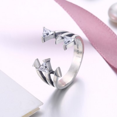 Tinnivi Triangle Design Sterling Silver Open Band