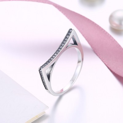 Tinnivi Cute Cat Ear Created White Sapphire Sterling Silver Band