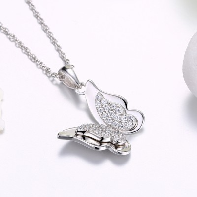 Tinnivi Butterfly Design Sterling Silver Pendant Necklace