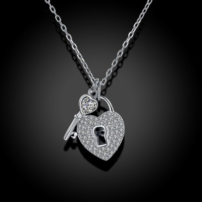 Tinnivi Key With Lock Sterling Silver Pendant Necklace