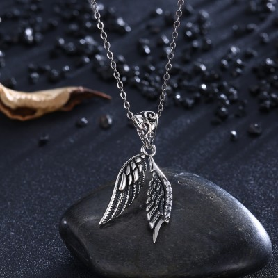 Tinnivi Vintage Wing Design Sterling Silver Pendant Necklace